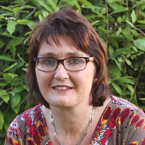 Andrea Schriftführerin Stv. bei Schritt für Schritt