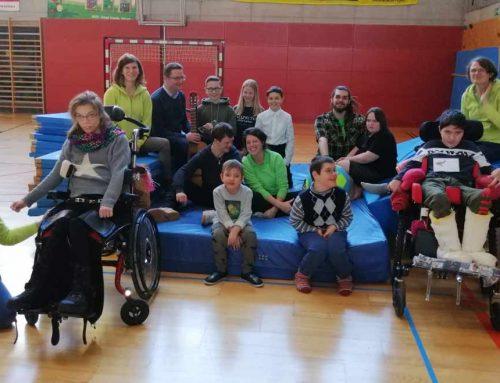 Brixner Anklöpfl-Kinder spenden an Schritt für Schritt