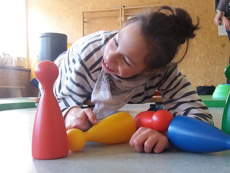 Konduktive Förderung nach Petö bei Schritt für Schritt