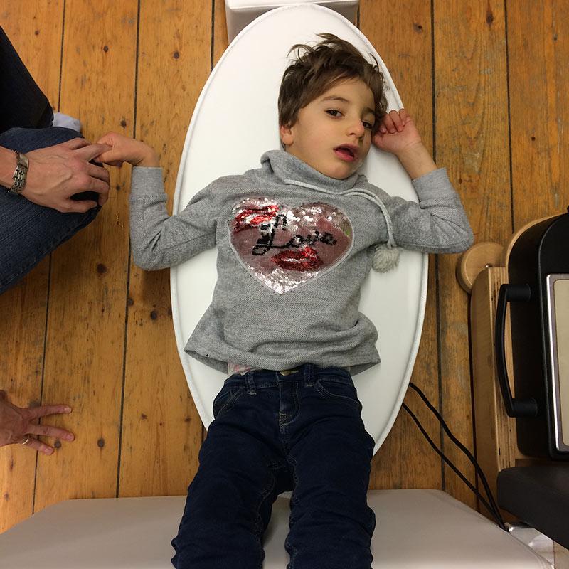 physiotherapie für kinder osflow schwingsplattform