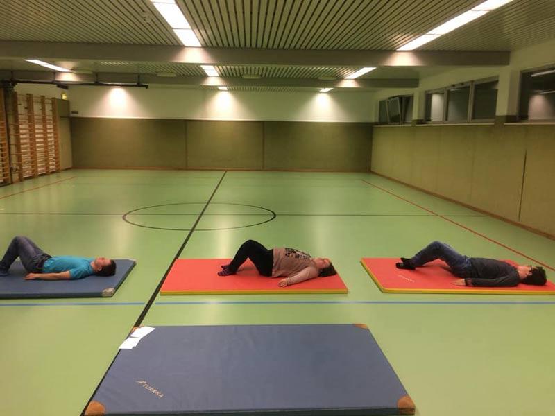 Pilates und Yoga als Therapie